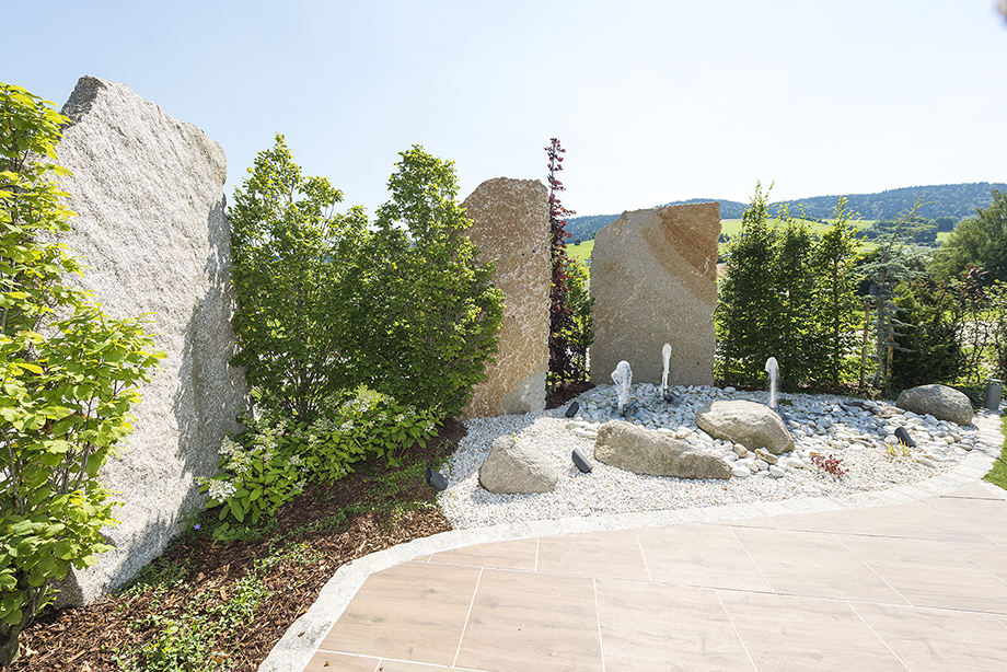 Steine im Garten!